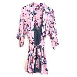 Victoria's Secret Intimates & Sleepwear - V, S flounce-sleeve kimono and satin-slip new